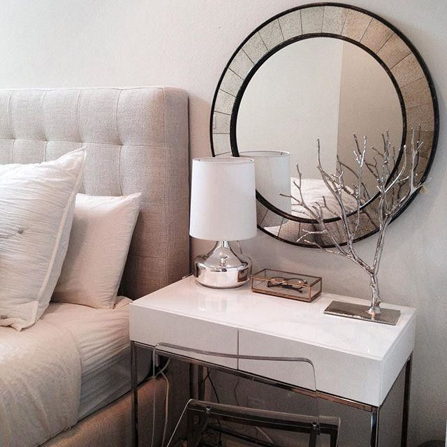 Adorable round mirror designs to brighten up your small space 01