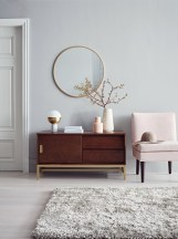 Adorable round mirror designs to brighten up your small space 26