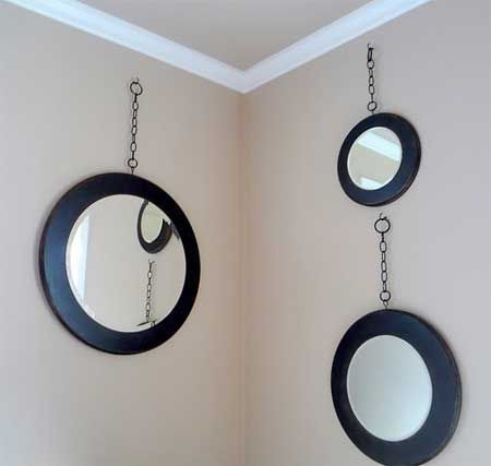Adorable round mirror designs to brighten up your small space 48