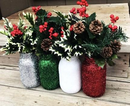 Cheerful ways to use mason jars this spring 44