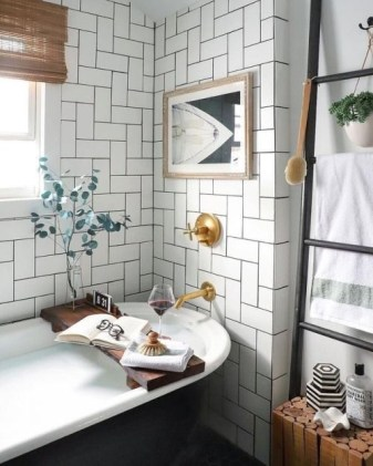 Stunning herringbone patterns for your bathroom wall 18