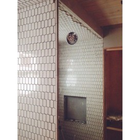Unique honeycomb tile to give your bathroom a new look 01