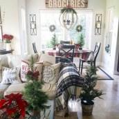 Adorable farmhouse christmas decor ideas 18