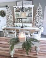 Adorable farmhouse christmas decor ideas 41