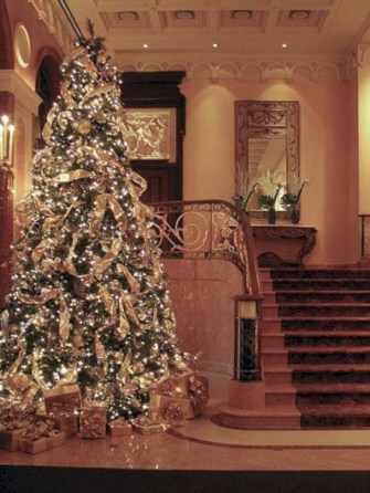 Awesome silver and white christmas tree decorating ideas 06