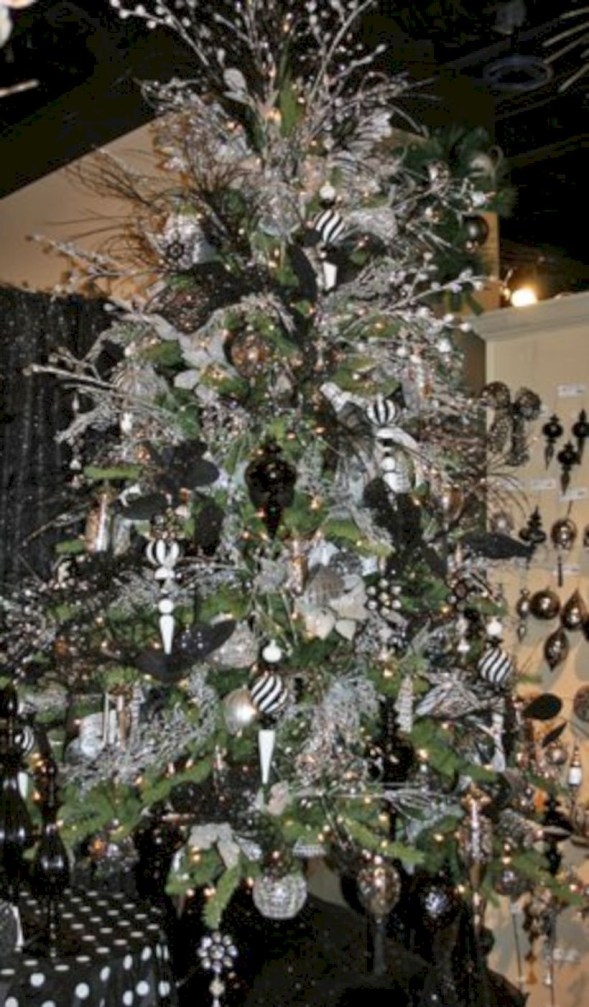 Awesome silver and white christmas tree decorating ideas 24