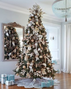 Awesome silver and white christmas tree decorating ideas 27