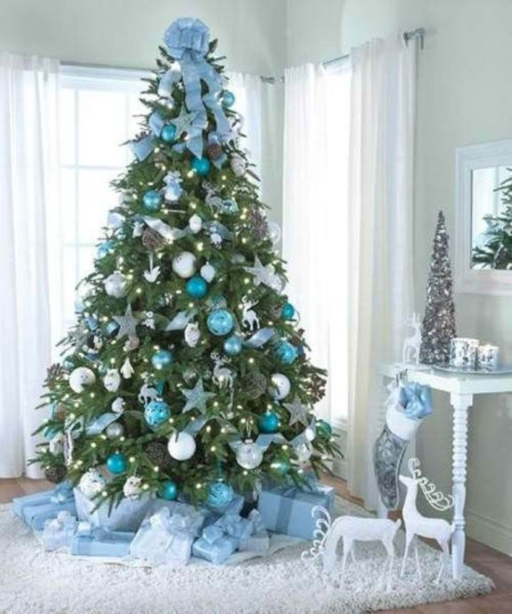 Awesome silver and white christmas tree decorating ideas 33