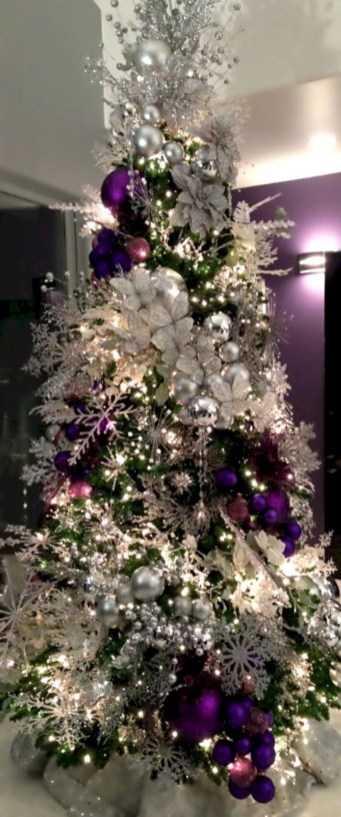 Awesome silver and white christmas tree decorating ideas 39