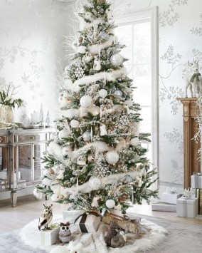 Awesome silver and white christmas tree decorating ideas 40