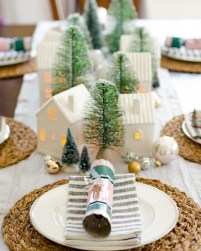 Beautiful christmas centerpiece ideas you should try 39