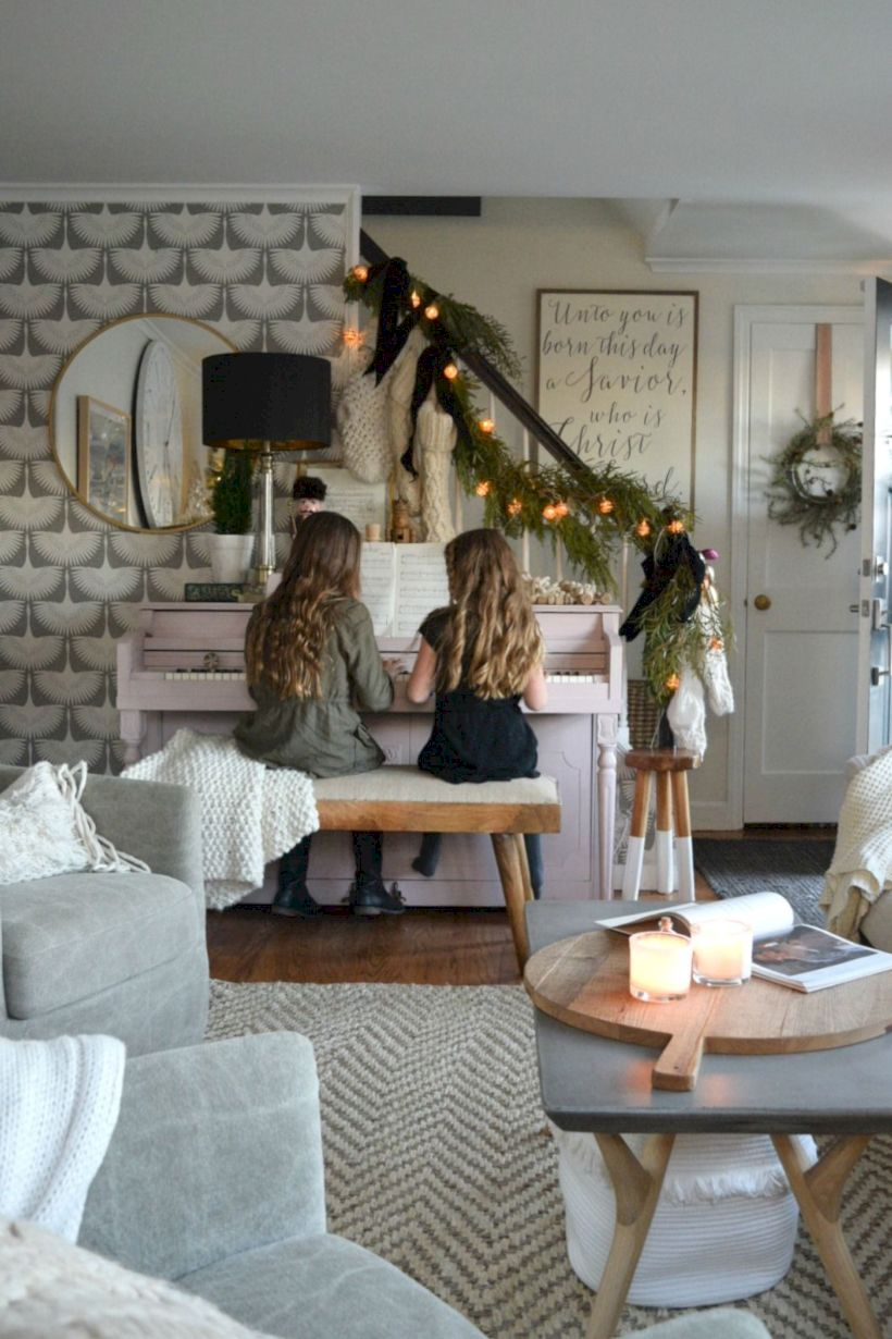 Beautiful christmas decor for small space 09