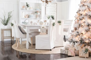 Beautiful christmas decor for small space 14