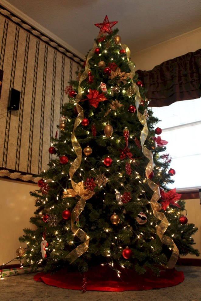 Beautiful christmas tree decoration ideas to see 12