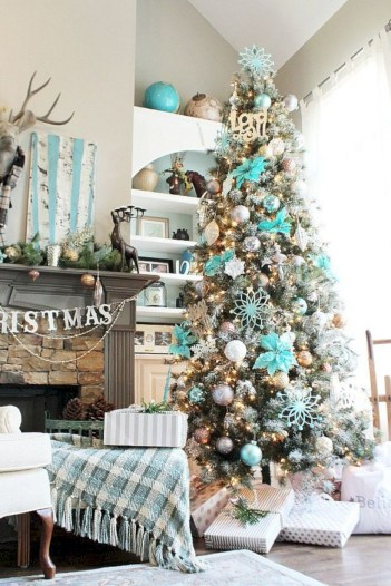Beautiful christmas tree decoration ideas to see 13