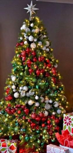 Beautiful christmas tree decoration ideas to see 21