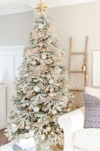Beautiful christmas tree decoration ideas to see 50
