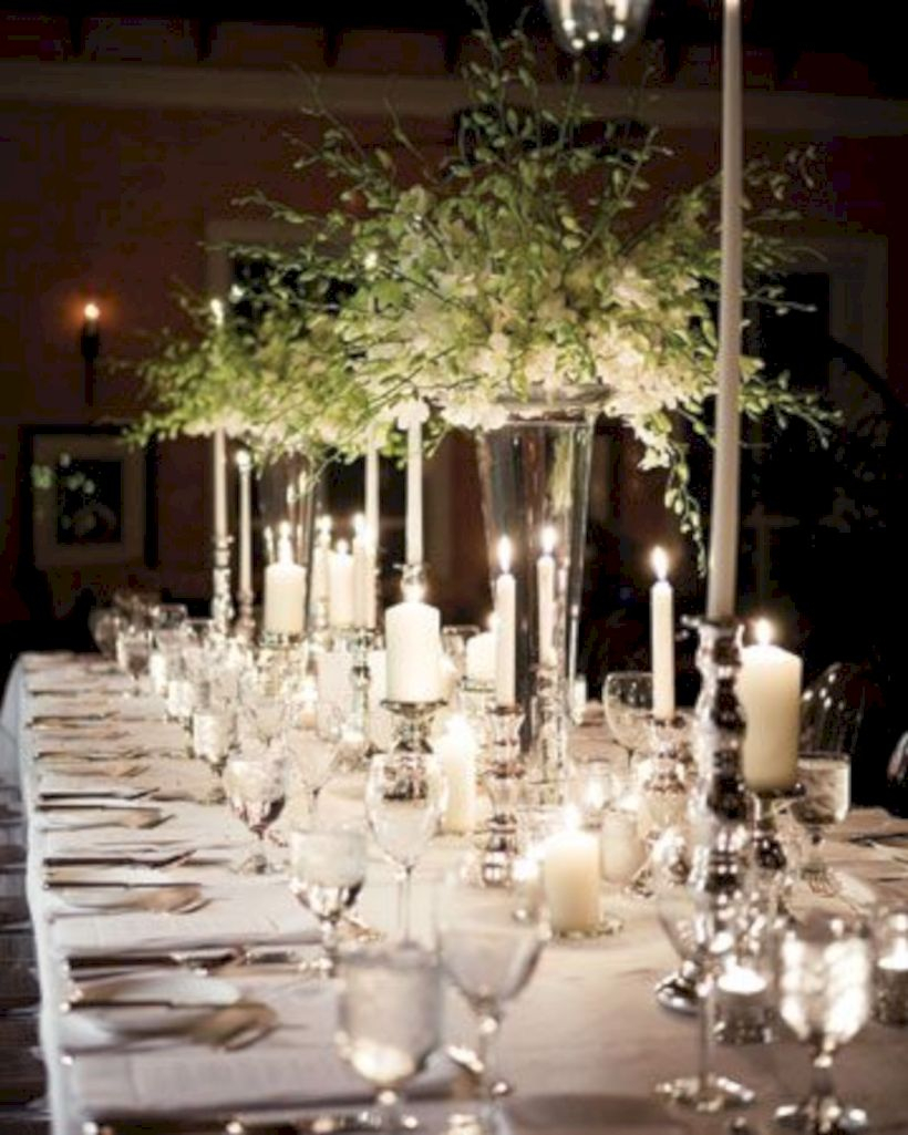 Beautiful winter table decoration ideas for a romantic dinner 47