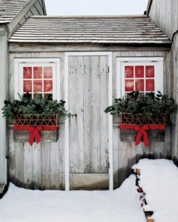 Colorful winter planters for your outdoor decorations 25