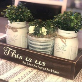 Easy winter centerpiece decoration ideas to try 20