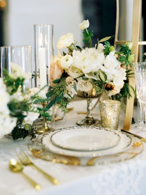 Easy winter centerpiece decoration ideas to try 22