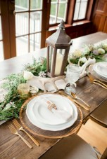 Easy winter centerpiece decoration ideas to try 45