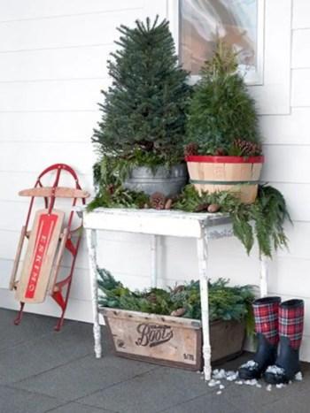 Genius ways to repurpose galvanized buckets this christmas 18