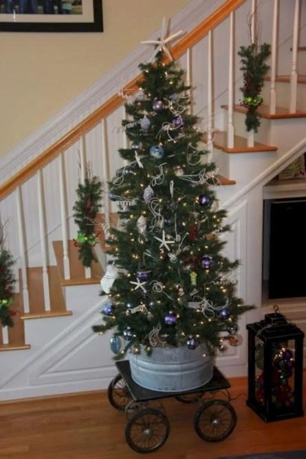 Genius ways to repurpose galvanized buckets this christmas 41