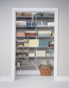 Ways to organizing your chaotic linen closet 10