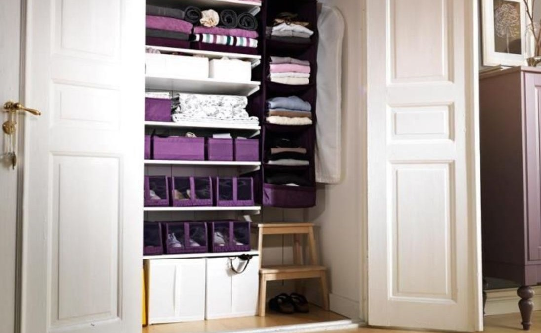 Ways to organizing your chaotic linen closet 28