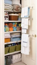 Ways to organizing your chaotic linen closet 36