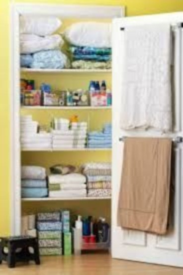 Ways to organizing your chaotic linen closet 40
