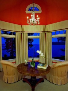Window treatment and curtain ideas to beautify your window space 38