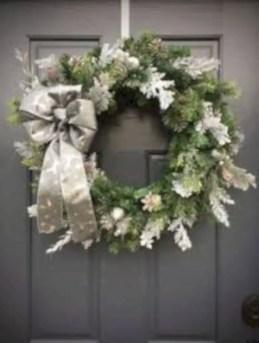 Winter christmas wreath to compliment your door 09