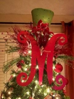 Winter christmas wreath to compliment your door 16