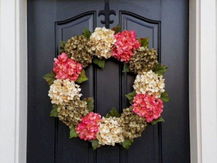 Winter christmas wreath to compliment your door 30