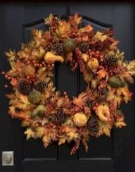 Winter christmas wreath to compliment your door 31