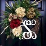 Winter christmas wreath to compliment your door 39