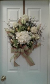 Winter christmas wreath to compliment your door 46