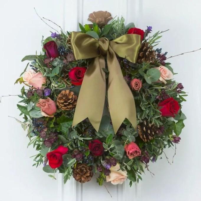 Winter christmas wreath to compliment your door 47