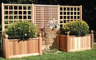 Beautiful yet functional privacy fence planter boxes ideas 01