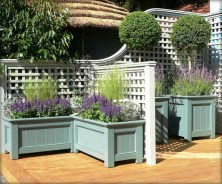 Beautiful yet functional privacy fence planter boxes ideas 05