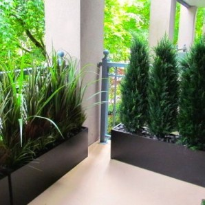 Beautiful yet functional privacy fence planter boxes ideas 17