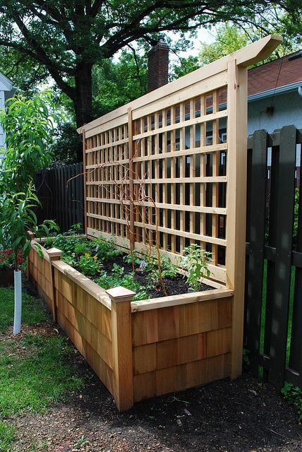Beautiful yet functional privacy fence planter boxes ideas 20