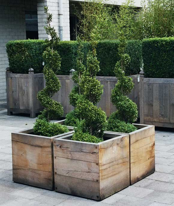 Beautiful yet functional privacy fence planter boxes ideas 34