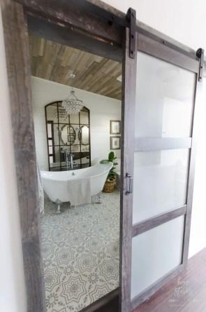 Cozy master bathroom decor ideas 27
