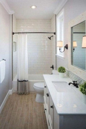 Cozy master bathroom decor ideas 29