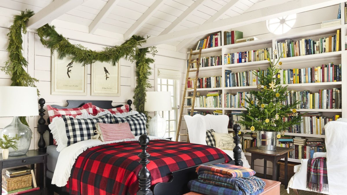 58 Cozy and Beautiful Bedroom for Winter Decor Ideas