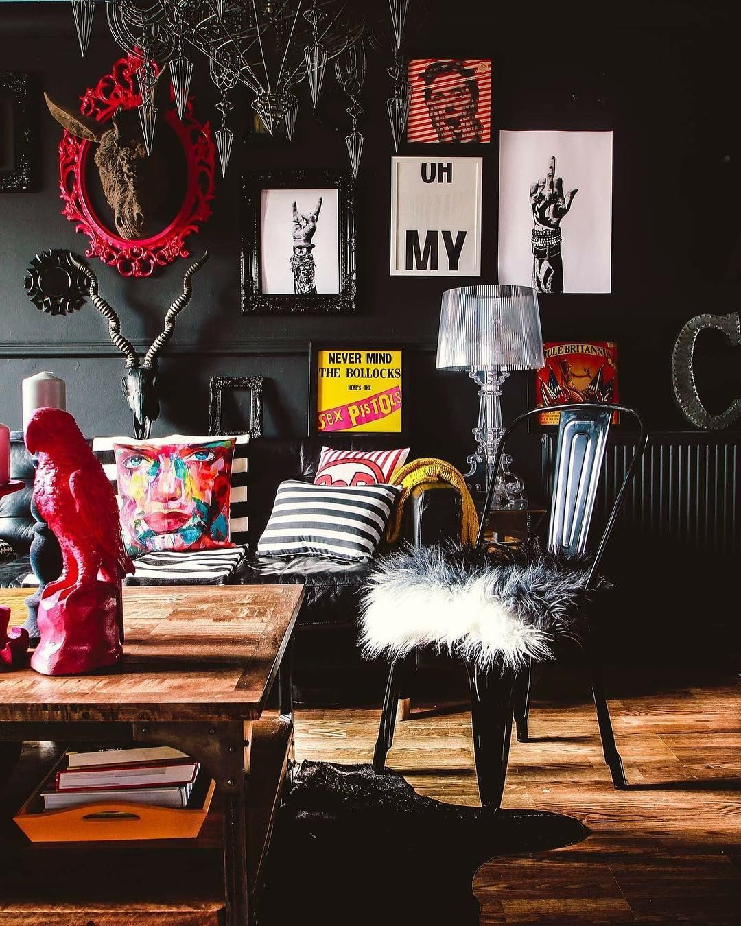 Gorgeous maximalist decor ideas for any home 09