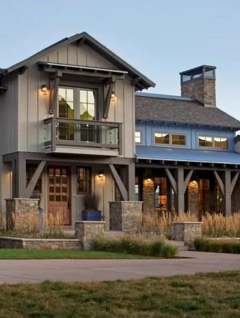 Modern farmhouse exterior design ideas 02